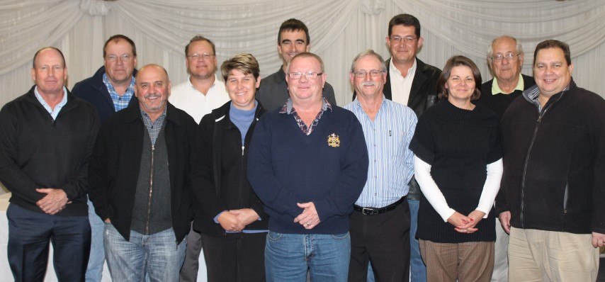 The Reading 2015/2016 Governing Body: Front f.l.t.r: Robbie Taylor (trustee), Alfie Pedro (member), Shelley Daymond (member), Tony Lovesay (president), Bruce Milne (bowls chairperson) Heather Reynolds (lady golf captain), Delville Reynolds (treasurer). Back f.l.t.r: Kevin Gough (vice president), Todd Young (club captain), David Smith (club manager), Jan Kruger (vice-captain) and Hennie Breed (member). Absent: Sandra Chersulich (member).